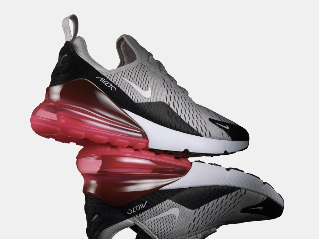 timeless design b84f5 065a8 Some sneakers look cute at first but lose their lustre after a couple of  uses. The Air Max 270 was fabricted to endure frequent use whether you re  strolling ...
